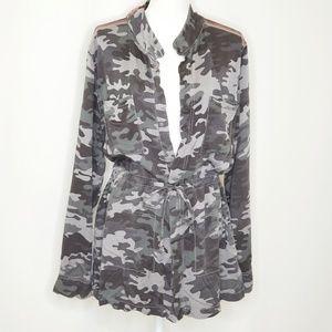 Camo Print Long Sleeve Jacket